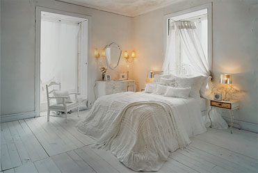 Zarasummerbedroom1